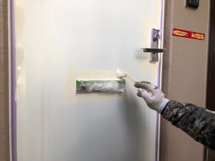 【上塗り2回目】 ドア